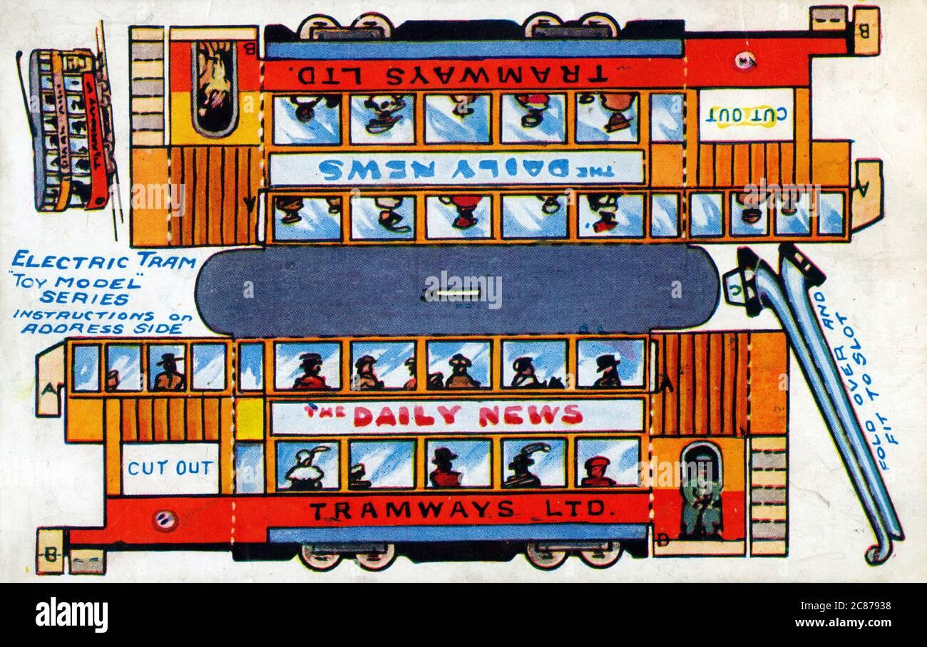 Modèle de tramway électrique jouet pour découper et plier ensemble. Date: Vers 1910 Banque D'Images