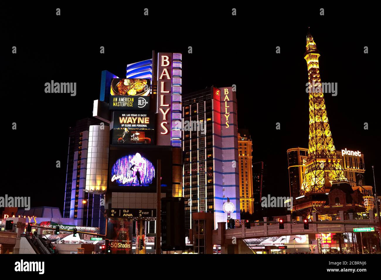 Panorama nocturne de Las Vegas Boulevard The Strip. Hôtels et casinos de Las Vegas capitale du jeu. Banque D'Images