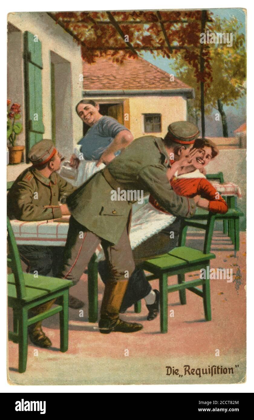 Carte postale historique allemande : humour militaire, « réquisition » d'un soldat « requistion » d'une jeune femme d'un café d'été, World War One 1914-1918 Banque D'Images
