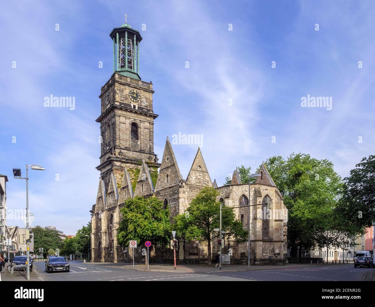 Ruine der Aegidienkirche - Kriegsdenkmal - à Hanovre, Niedersachsen, Deutschland, Europa Ruins of Aegidien Croch. Mémorial de guerre à Hanovre, Basse Sax Banque D'Images