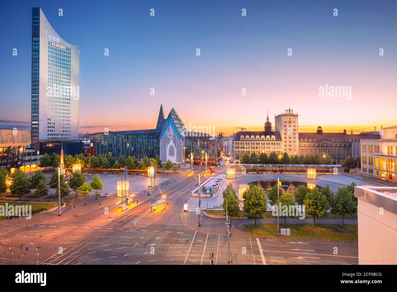 Leipzig, Allemagne. Image de ville du centre-ville de Leipzig au beau coucher du soleil. Banque D'Images