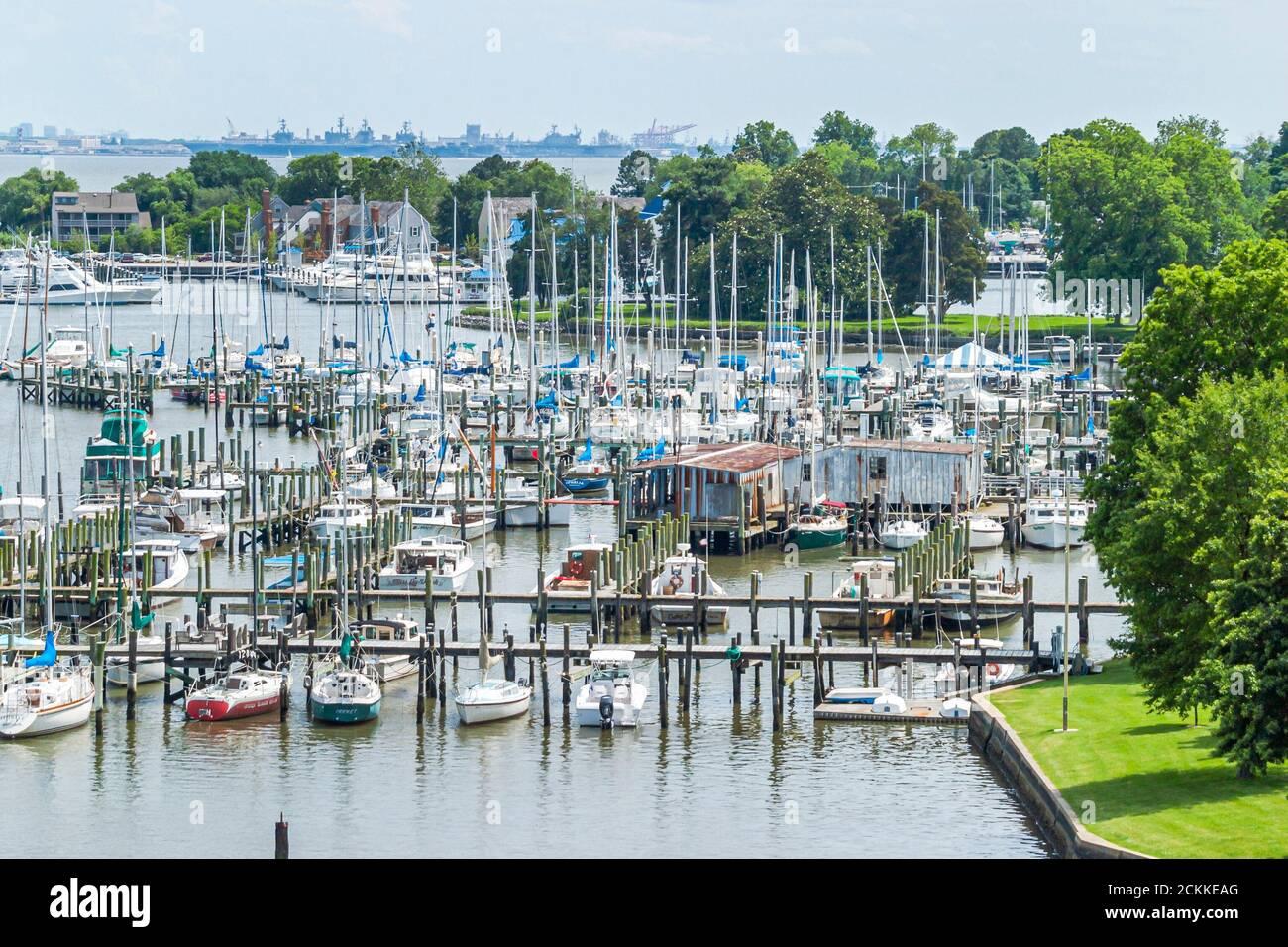 Virginia Tidewater Area Hampton River Water, marina marinas bateau bateaux bateau dock quais jetée jetées, yachts, Banque D'Images