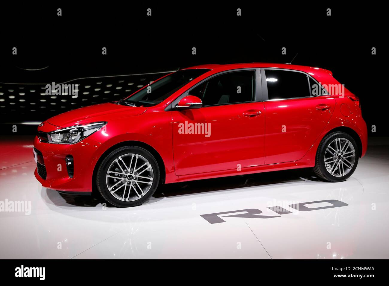 The Kia Rio is displayed on media day at the Paris auto show, in Paris, France, September 29, 2016. REUTERS/Benoit Tessier Banque D'Images