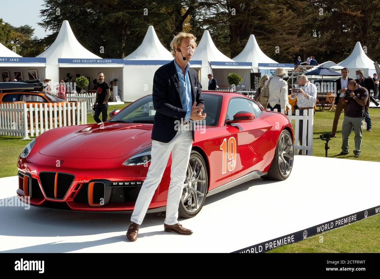 Louis de Fabribeckers présente le Touring Superleggera Aero 3 World Premier ministre au salon Prive 2020 Banque D'Images