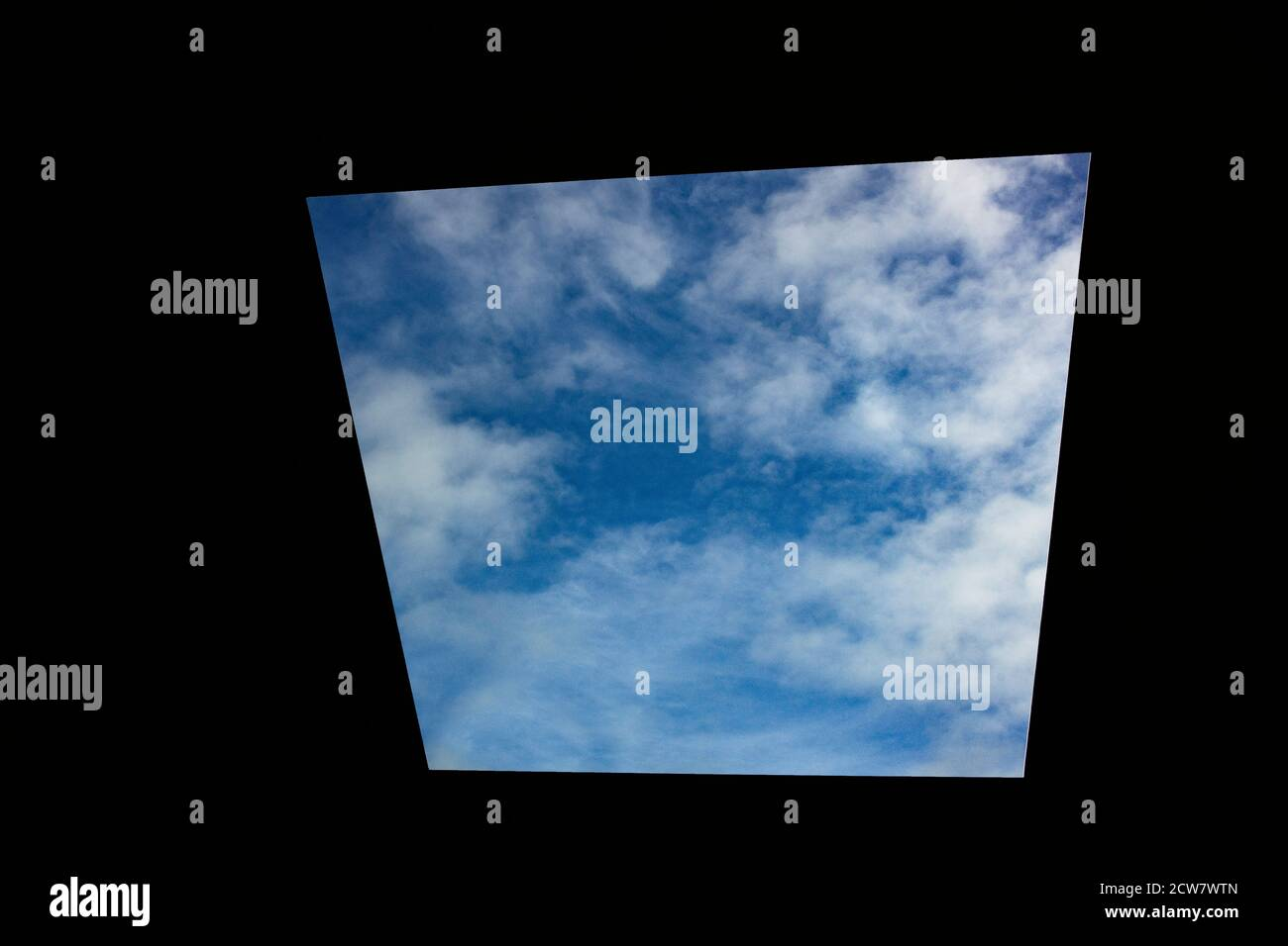 Vue sur le ciel par James Turrell Houghton Hall North Norfolk England Banque D'Images