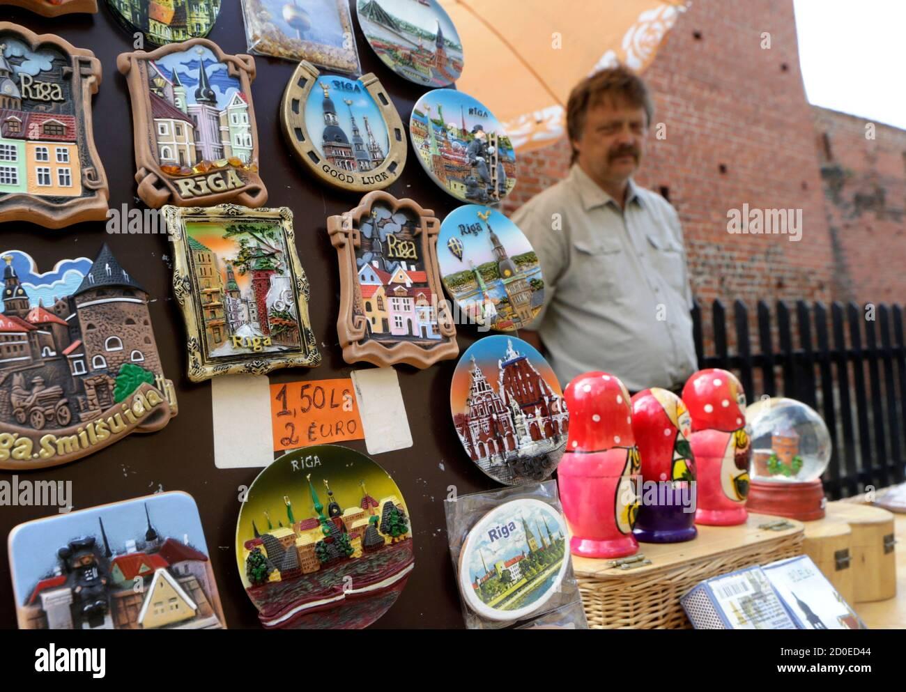 Lettonie aimant de réfrigérateur Letton Drapeau letton Symbole Cadeau Souvenir