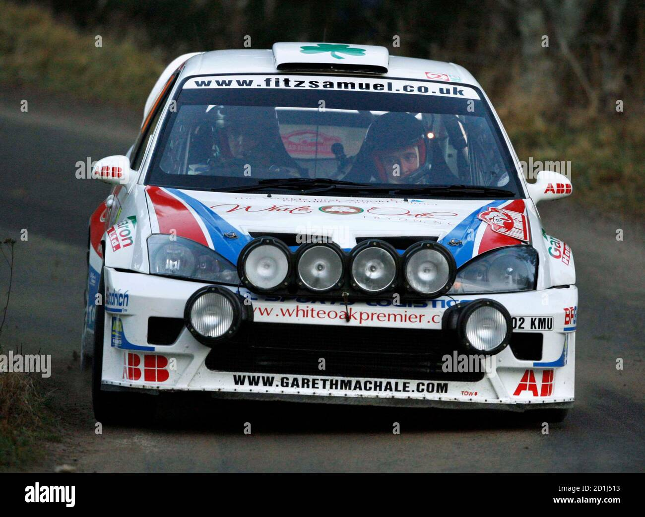 Gareth MacHale of Ireland and Paul Nagle of Great Britain drive their Ford Focus WRC during the tenth stage of the Rally of Monte-Carlo, the loop stage starting at Saint-Bonnet-le-Froid, southeastern France, January 20, 2007.   REUTERS/Robert Pratta  (FRANCE) Banque D'Images
