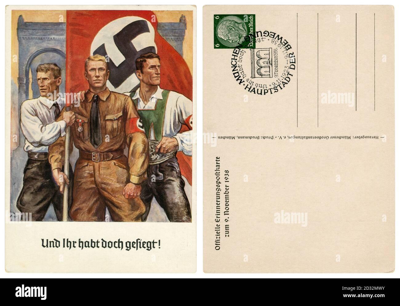 Carte postale historique allemande : 15e anniversaire du putsch de la Beer Hall, résident du Sudetenland, sa Fighter, autrichienne avec un drapeau de la swastika, 1938 Banque D'Images