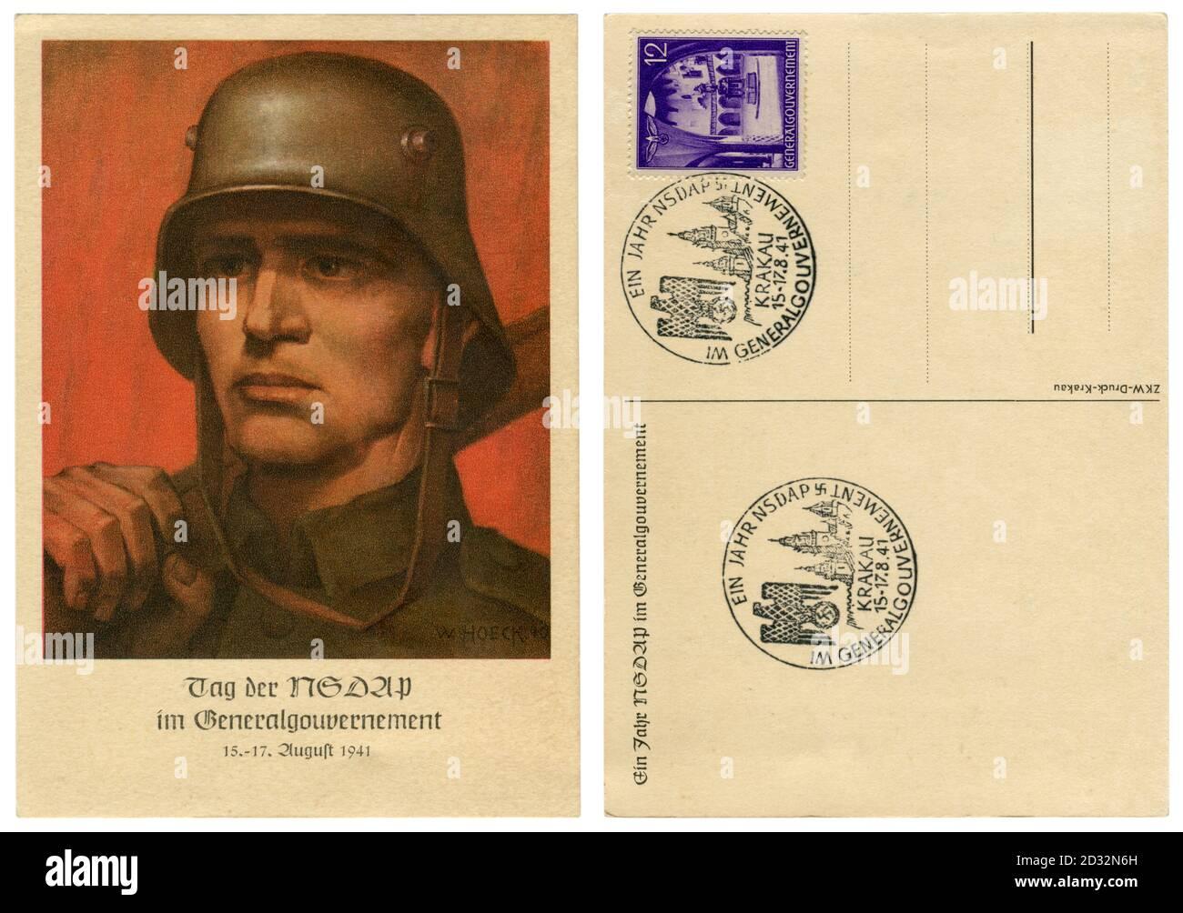 Carte postale historique allemande : portrait d'un soldat dans un casque de campagne en acier. NSDAP fête jour à GeneralgubernSpas, Allemagne, occupé Pologne,1941 Banque D'Images