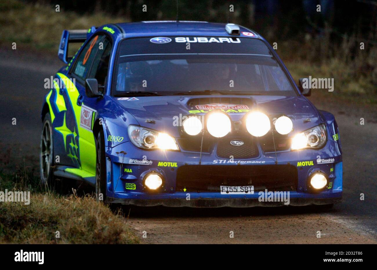 Chris Atkinson and Glenn MacNeall of Australia drive their Subaru Impreza WRC during the tenth stage of the Rally of Monte-Carlo, the loop stage starting at Saint-Bonnet-le-Froid, southeastern France, January 20, 2007.   REUTERS/Robert Pratta  (FRANCE) Banque D'Images