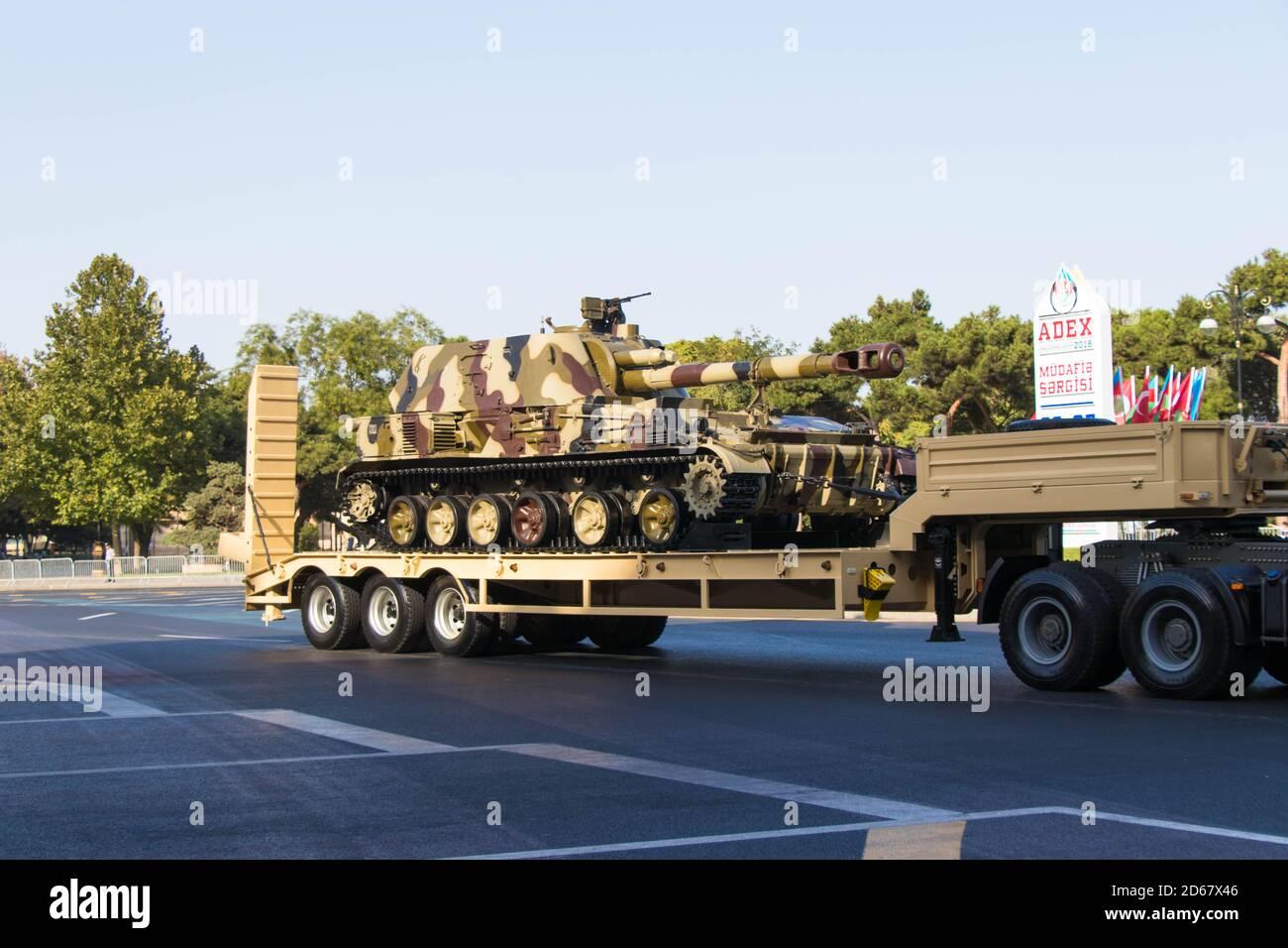 Howitzer automoteur MSTA-S 2S19 152 mm. Exposition de l'Artillerie d'Azerbaïdjan. Bakou - Azerbaïdjan : 18 septembre 2018 Banque D'Images