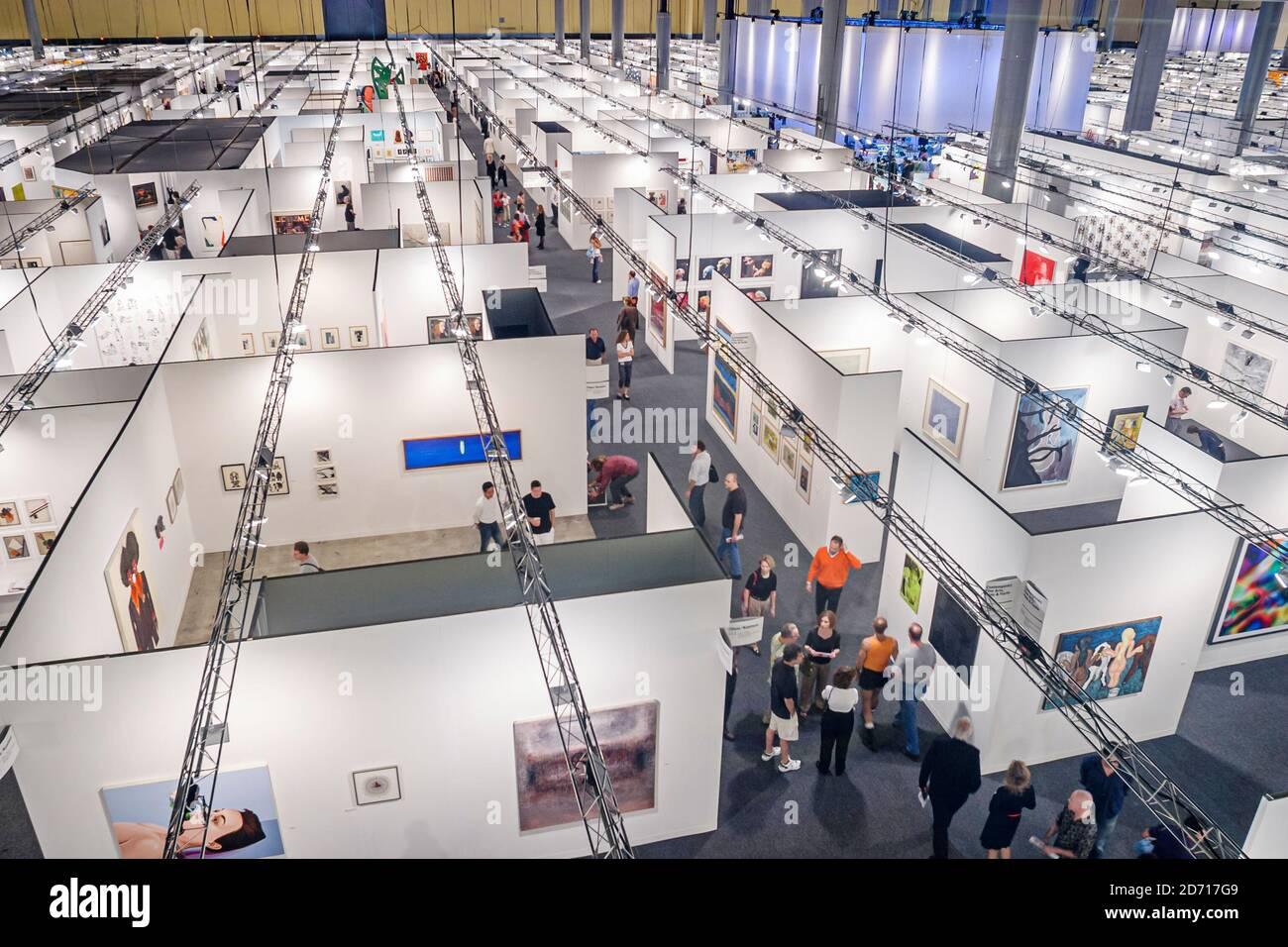 Florida Miami Beach Convention Center Centre Art Basel, galeries d'art afficher vente exposants vendeurs vue aérienne, Banque D'Images