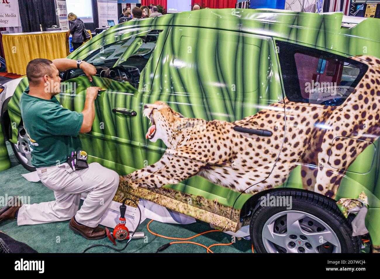Florida Miami Beach Convention Center Graphics of the Americas Global Graphic Communications exposition revendeurs de nouveaux produits expose salon, Banque D'Images
