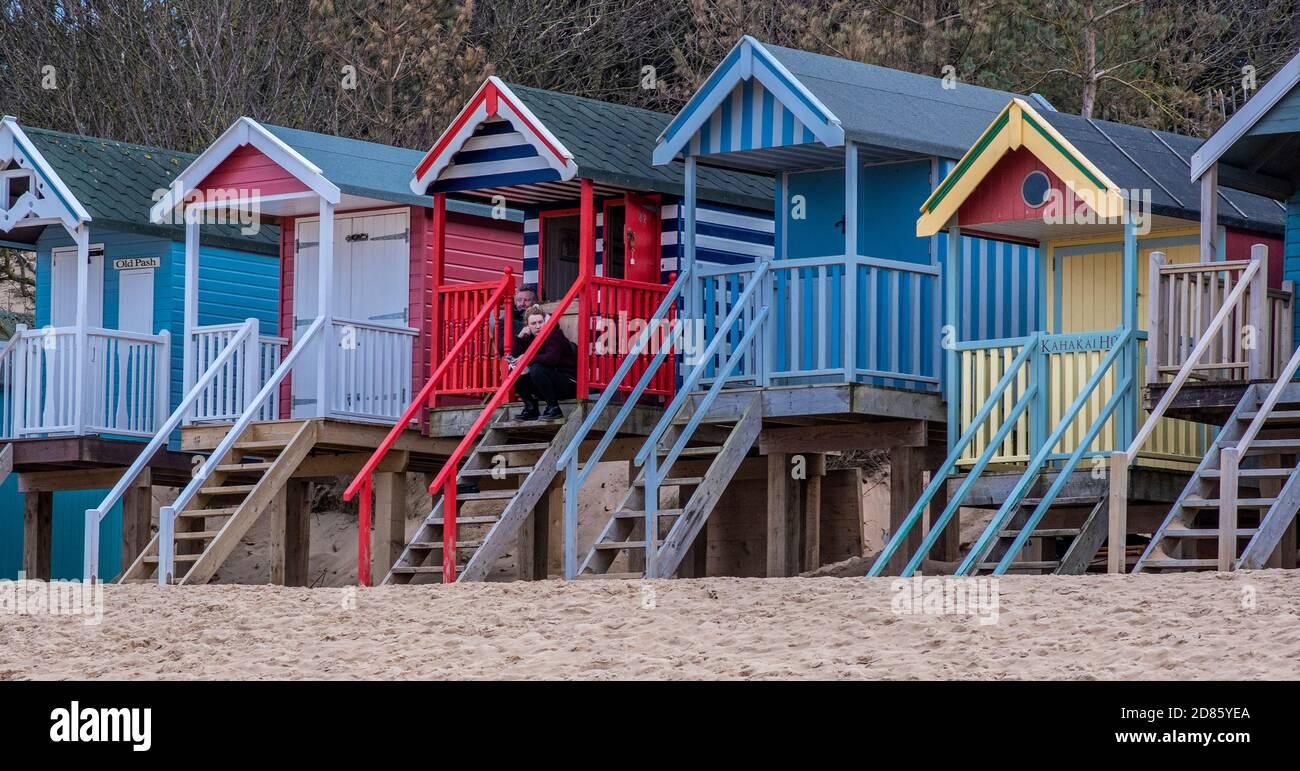 Cabanes de plage colorées, Wells Next the Sea, Norfolk, Royaume-Uni Banque D'Images