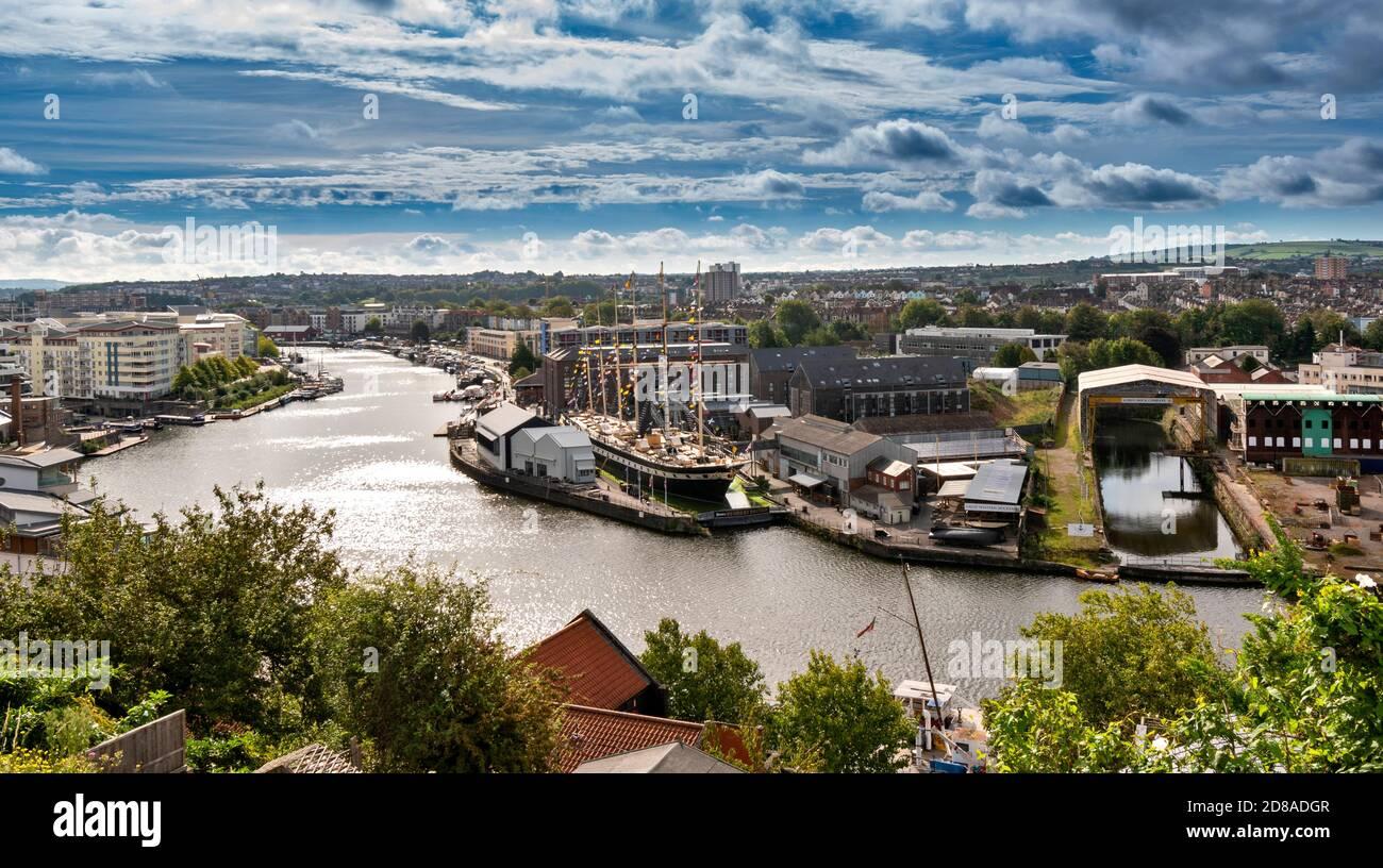 BRISTOL CITY ENGLAND HOTWELLS DOCK OU PORT AVEC SS SUPER GRANDE-BRETAGNE Banque D'Images