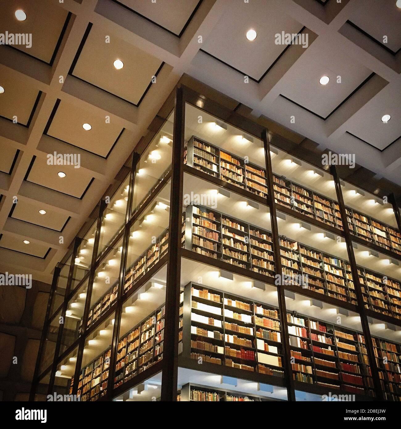 Beinecke rare Book & Manuscript Library, Interior View, Yale University, New Haven, Connecticut, États-Unis Banque D'Images