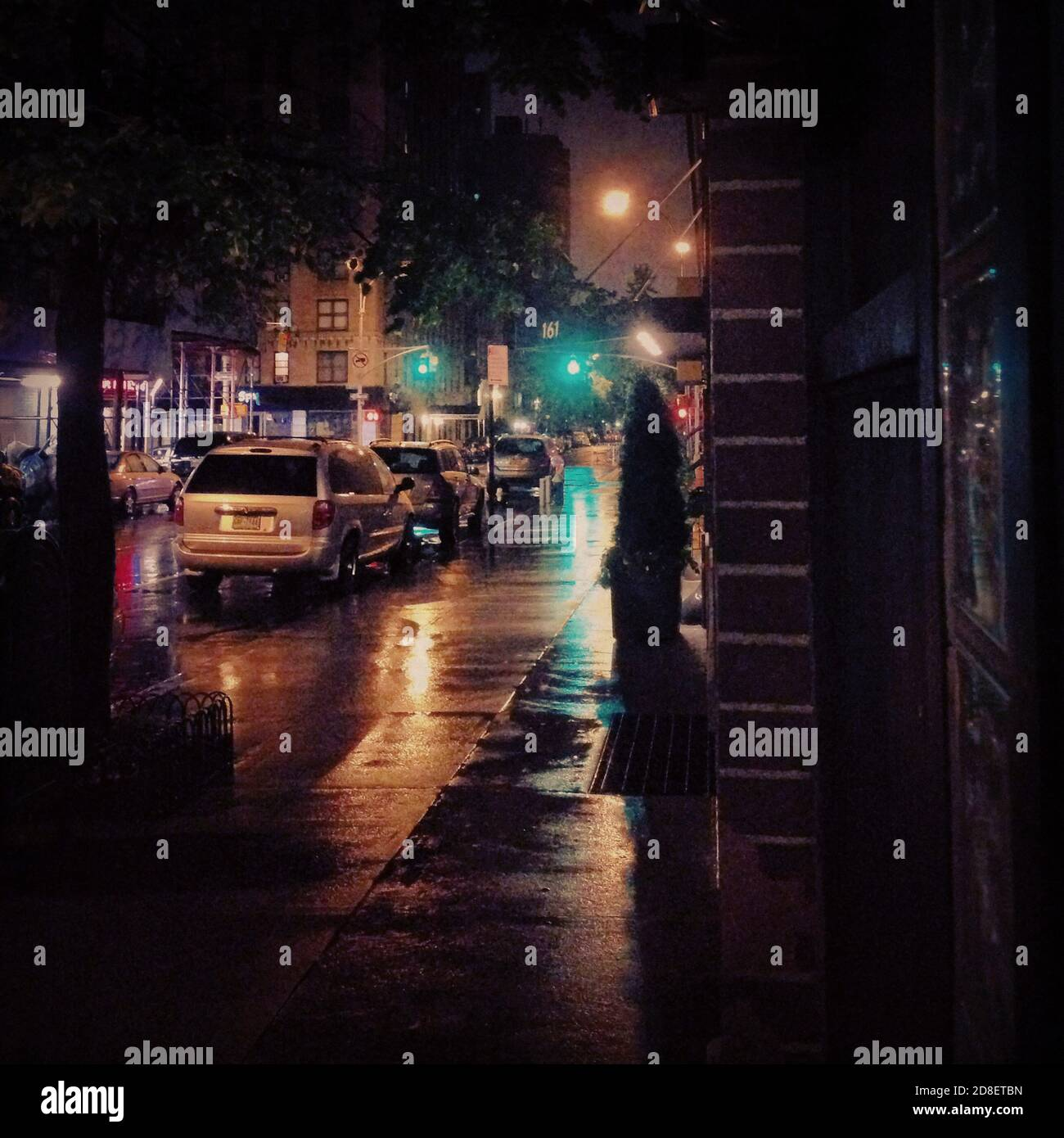 Rainy Street Scene at Night, New York City, New York, États-Unis Banque D'Images