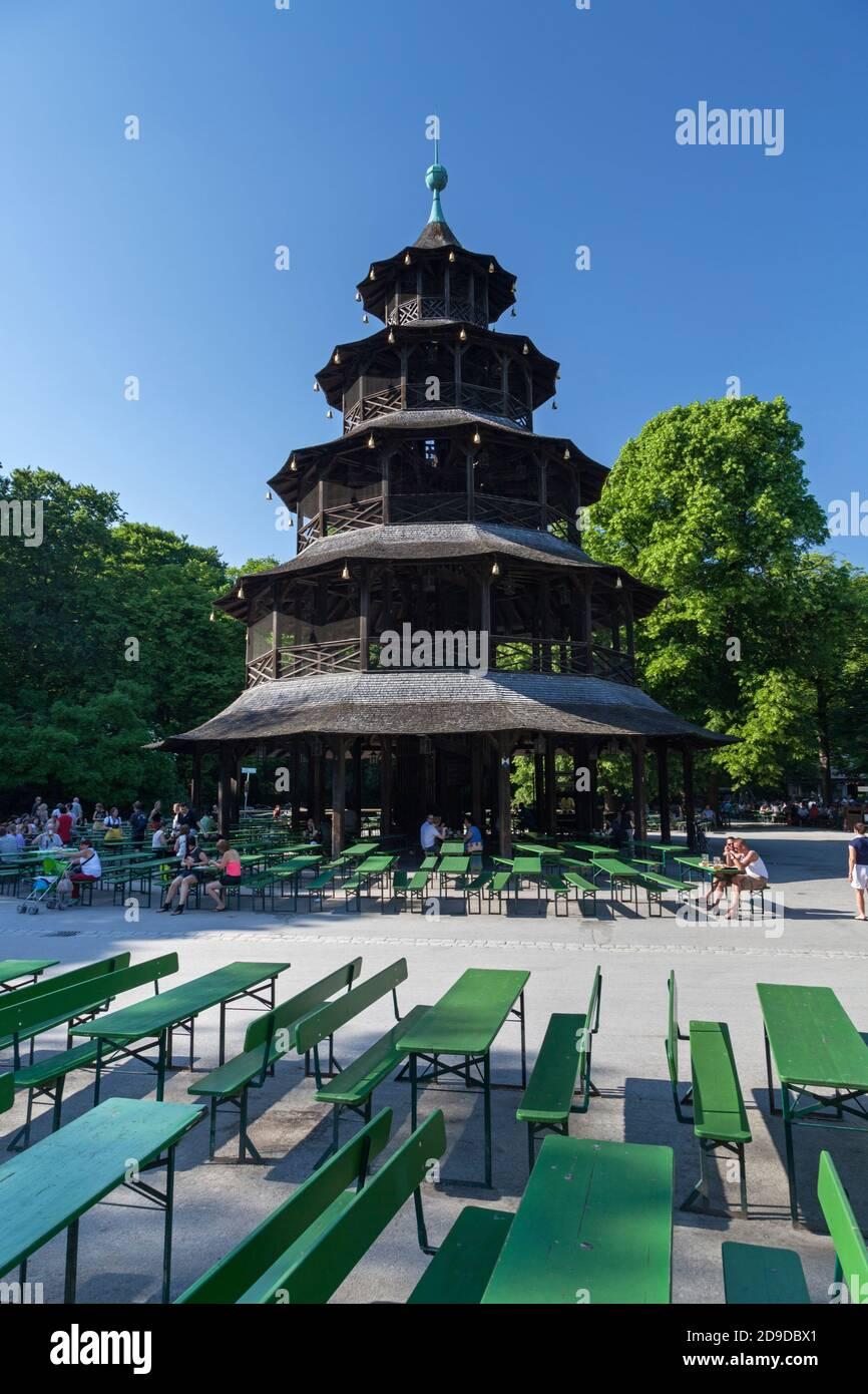 Géographie / Voyage, Allemagne, Bavière, Munich, le jardin de bière et la tour chinoise dans le jardin anglais, Mu, droits-supplémentaires-déstockage-Info-non-disponible Banque D'Images