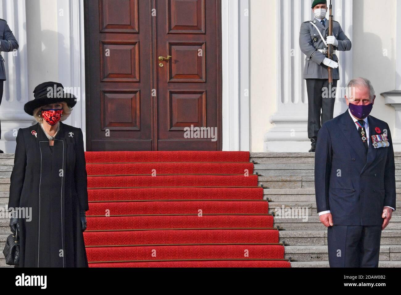 Berlin, Allemagne. 15 novembre 2020. Camilla, duchesse de Cornouailles et Charles, prince de Galles, à la réception du Président fédéral de l'Allemagne au Palais de Bellevue le 15 novembre 2020 à Berlin, Allemagne crédit: Geisler-Fotopress GmbH/Alay Live News Banque D'Images