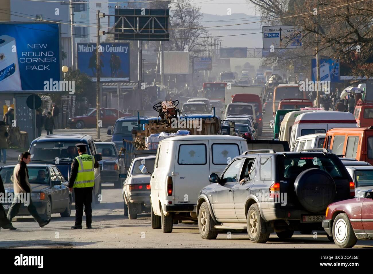 Embouteillage, Tirana, Albanie Banque D'Images