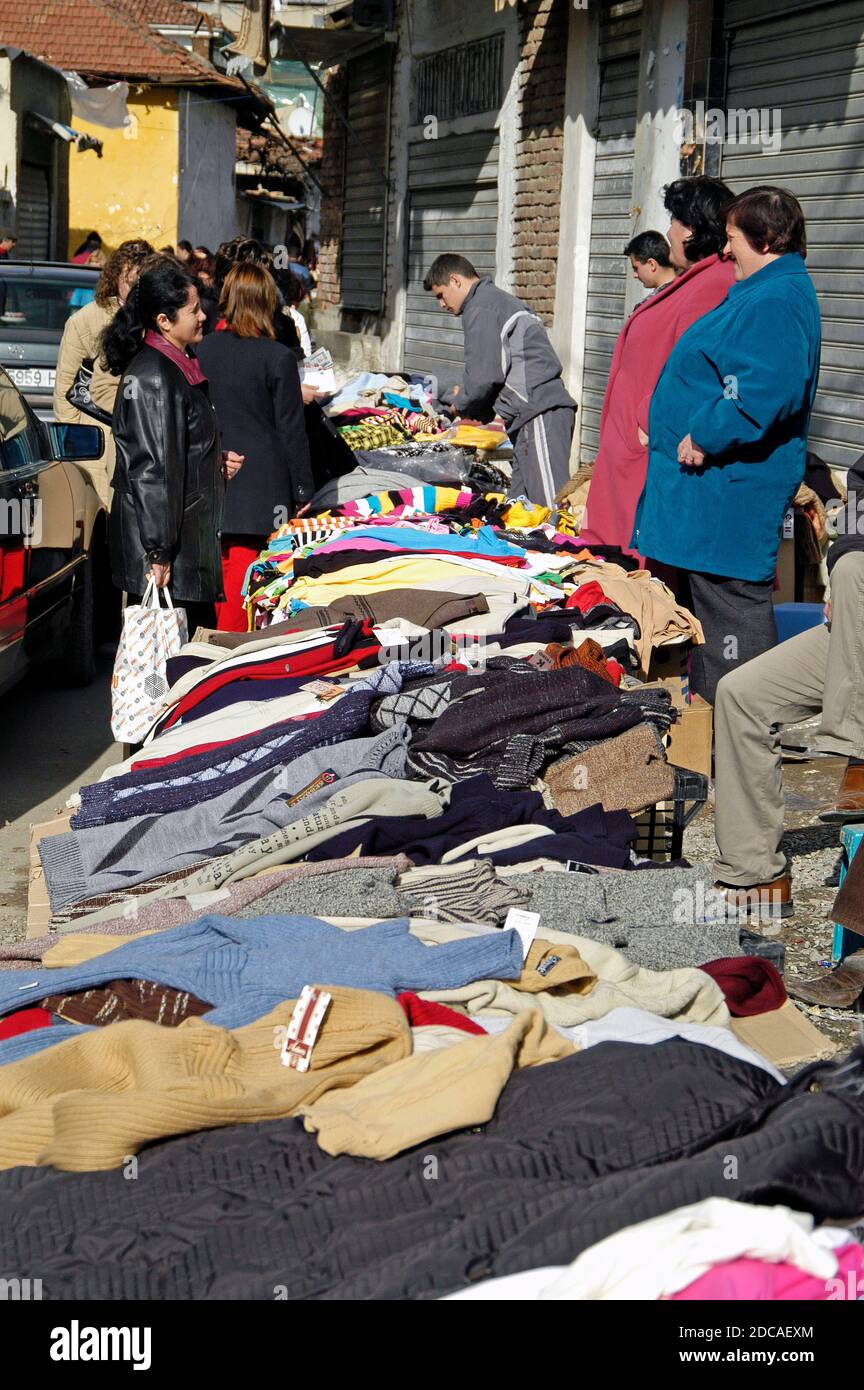 Marché de rue, centre de Tirana, Albanie Banque D'Images
