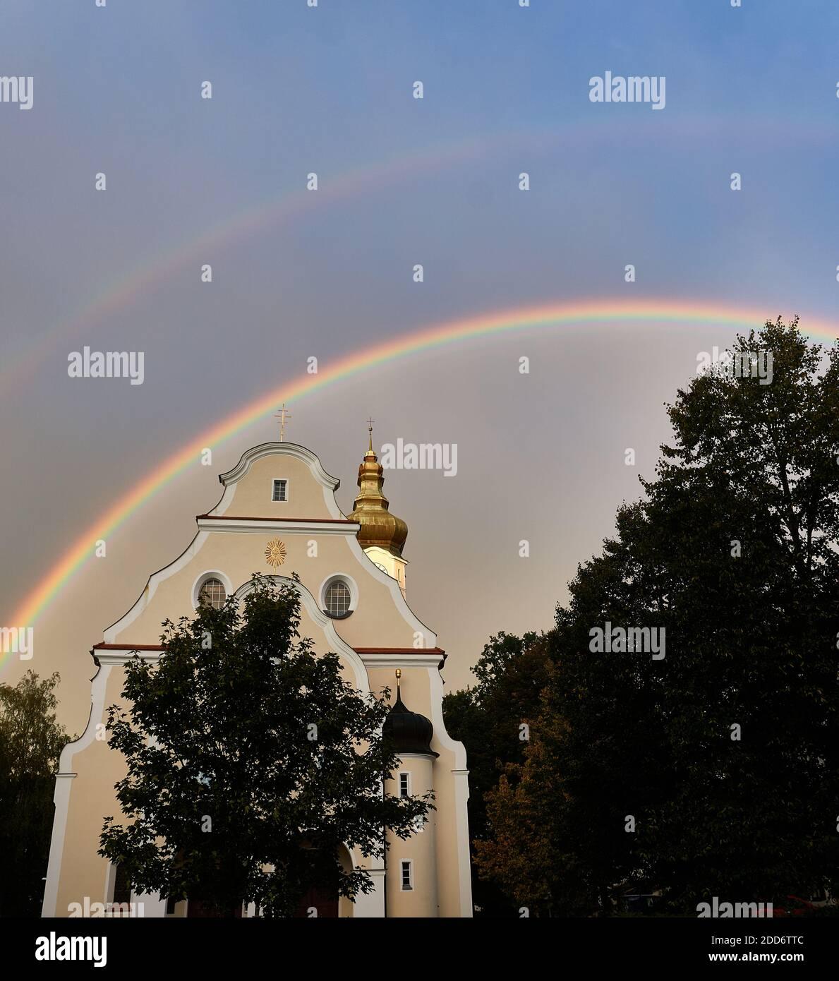 Arc-en-ciel sur Hausham Banque D'Images