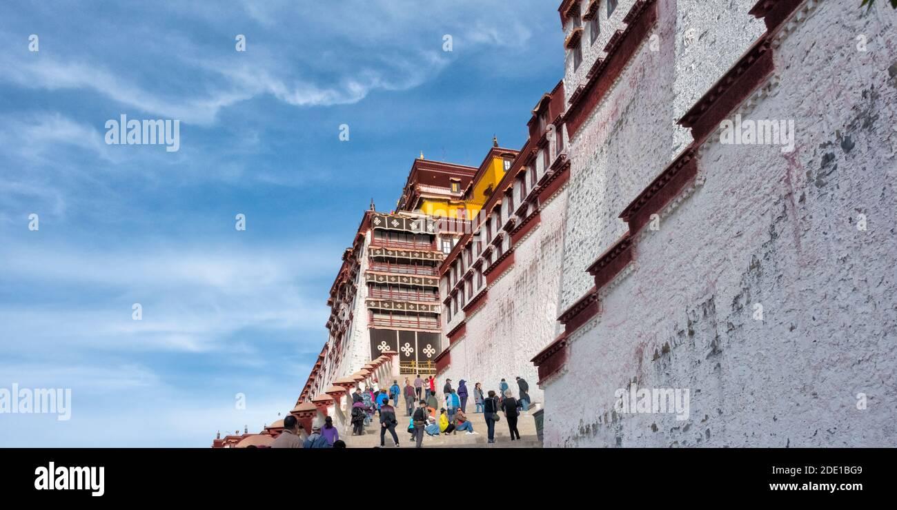 Palais Potala (site classé au patrimoine mondial de l'UNESCO), Lhassa, Tibet, Chine Banque D'Images