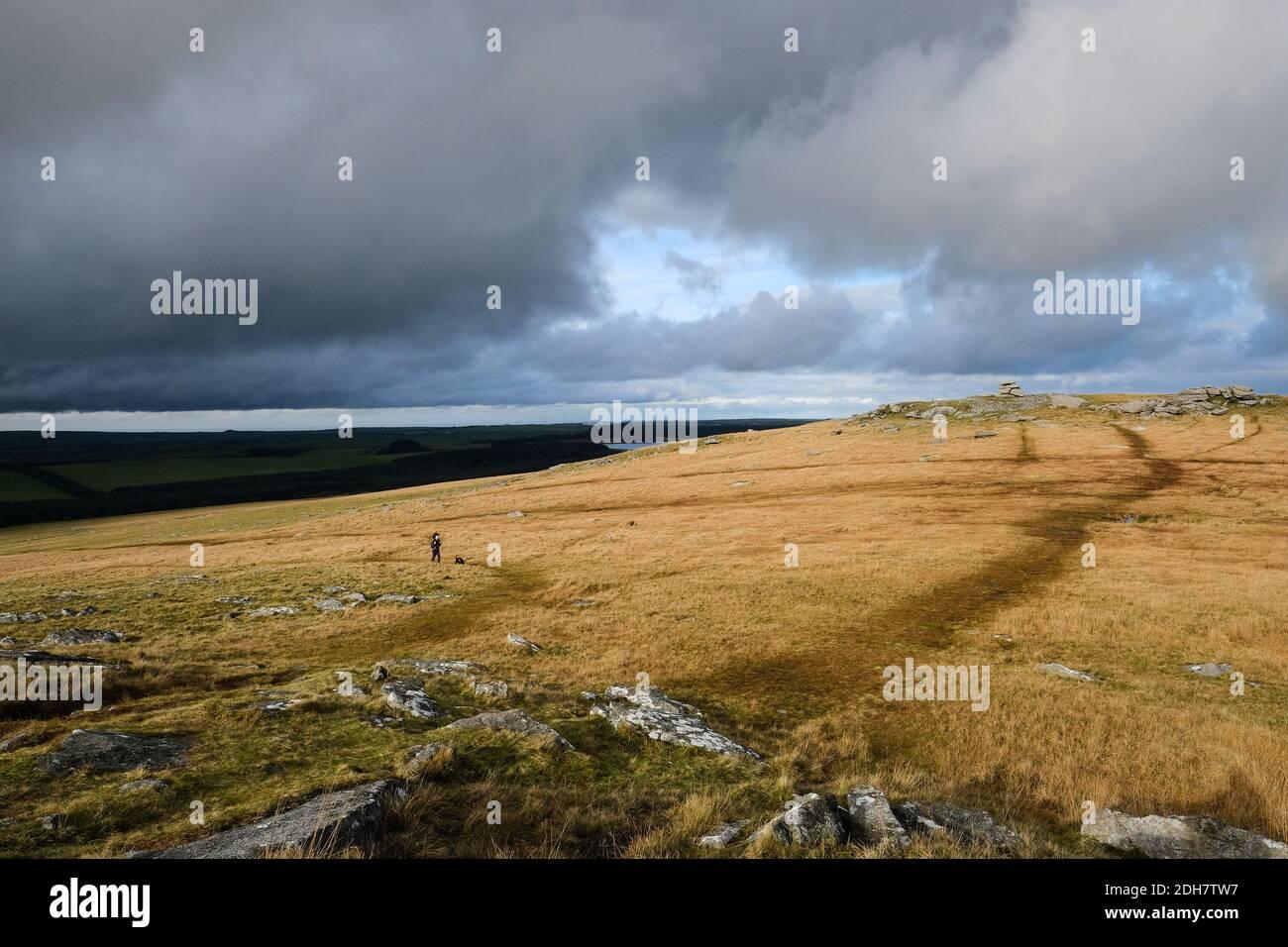 Vue sur la démo Tor de Rough Tor sur Bodmin Moor.jeudi 12 novembre 2020. Banque D'Images