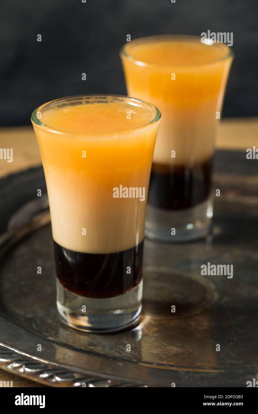 Cocktail B52 Layered Boozy prêt à boire Banque D'Images