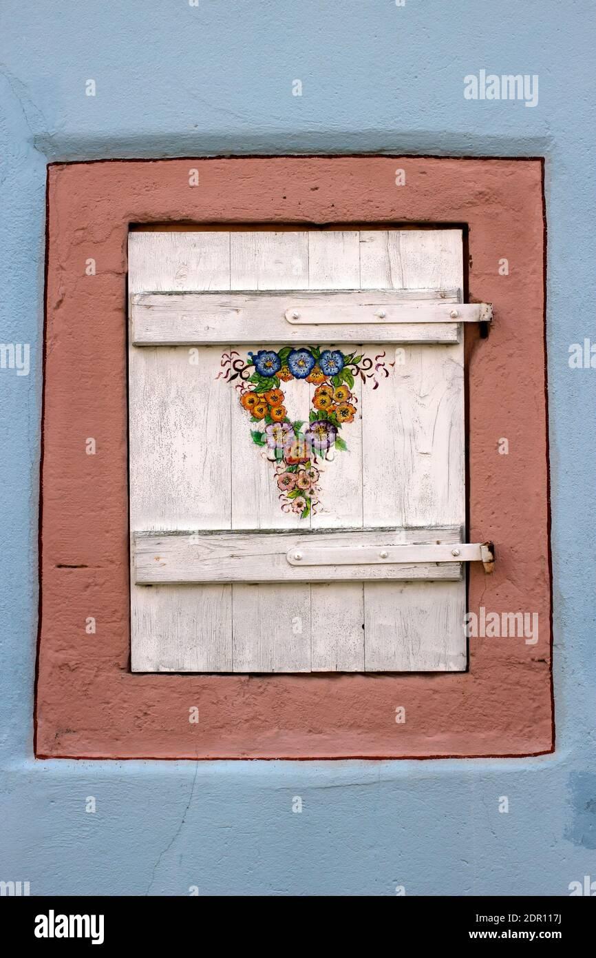 Close-up de fenêtre fermée sur le mur Banque D'Images