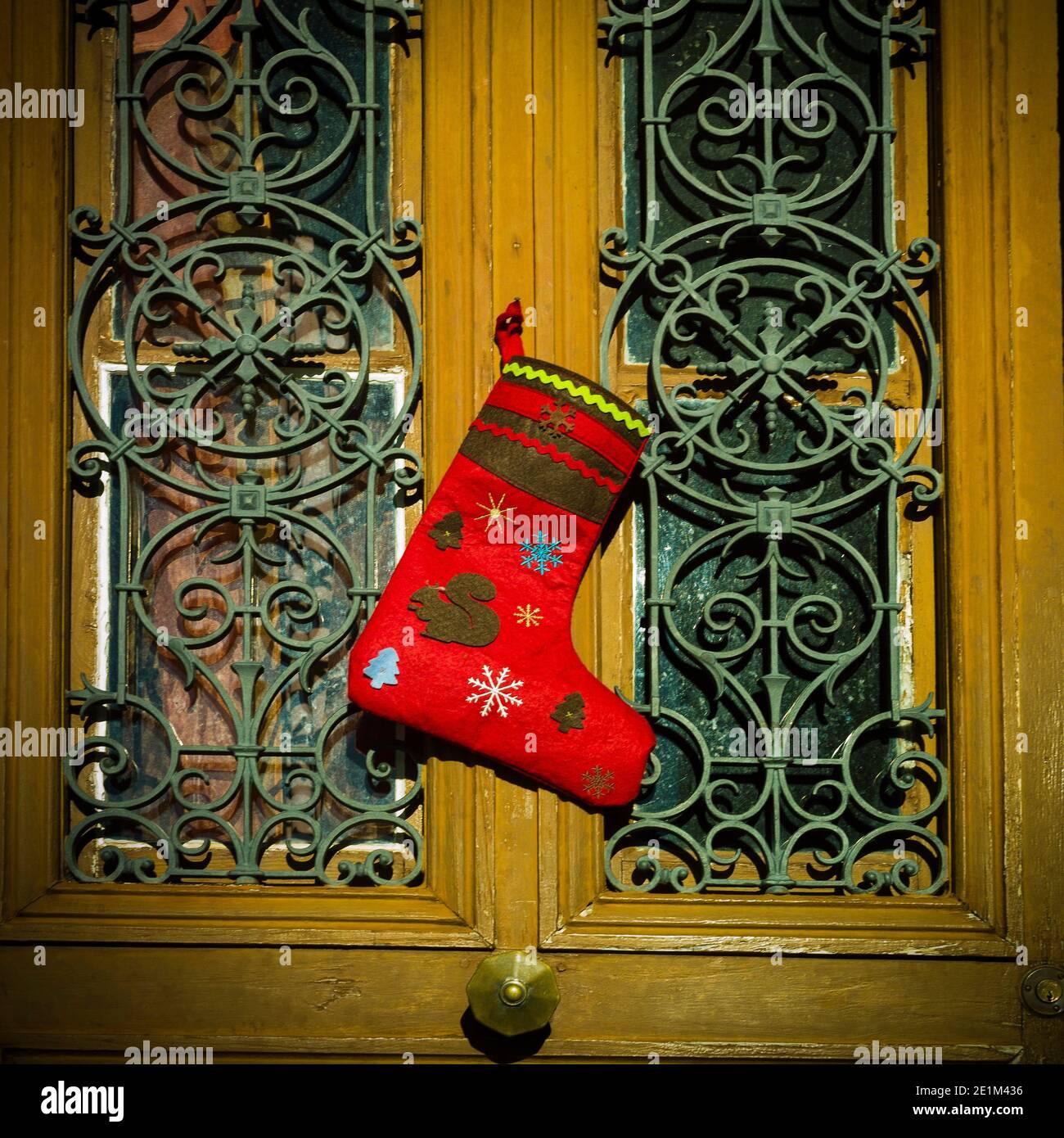 Chaussette de Noël pendu. France Banque D'Images