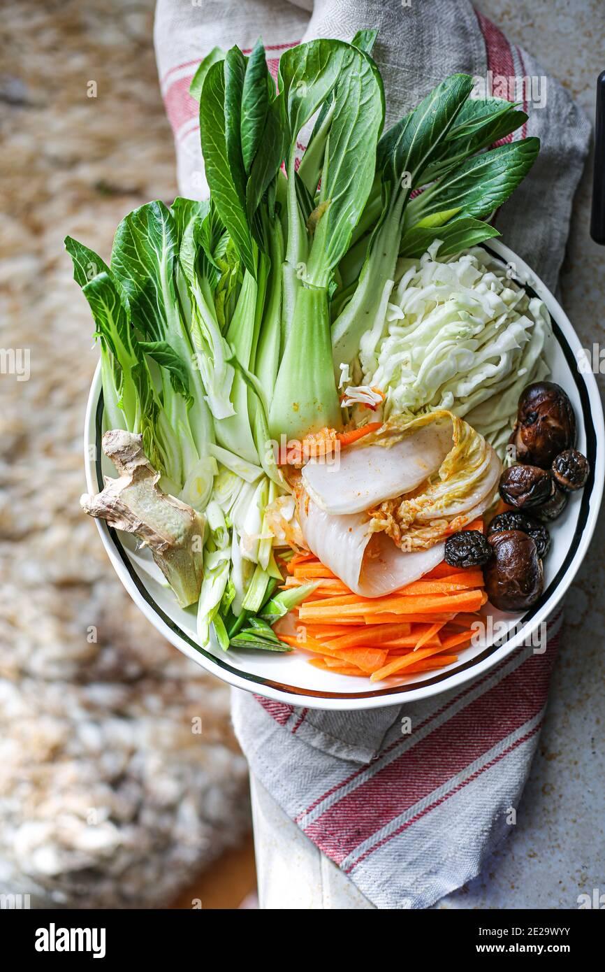 Légumes frais. kimchi et shiitake champignon Banque D'Images