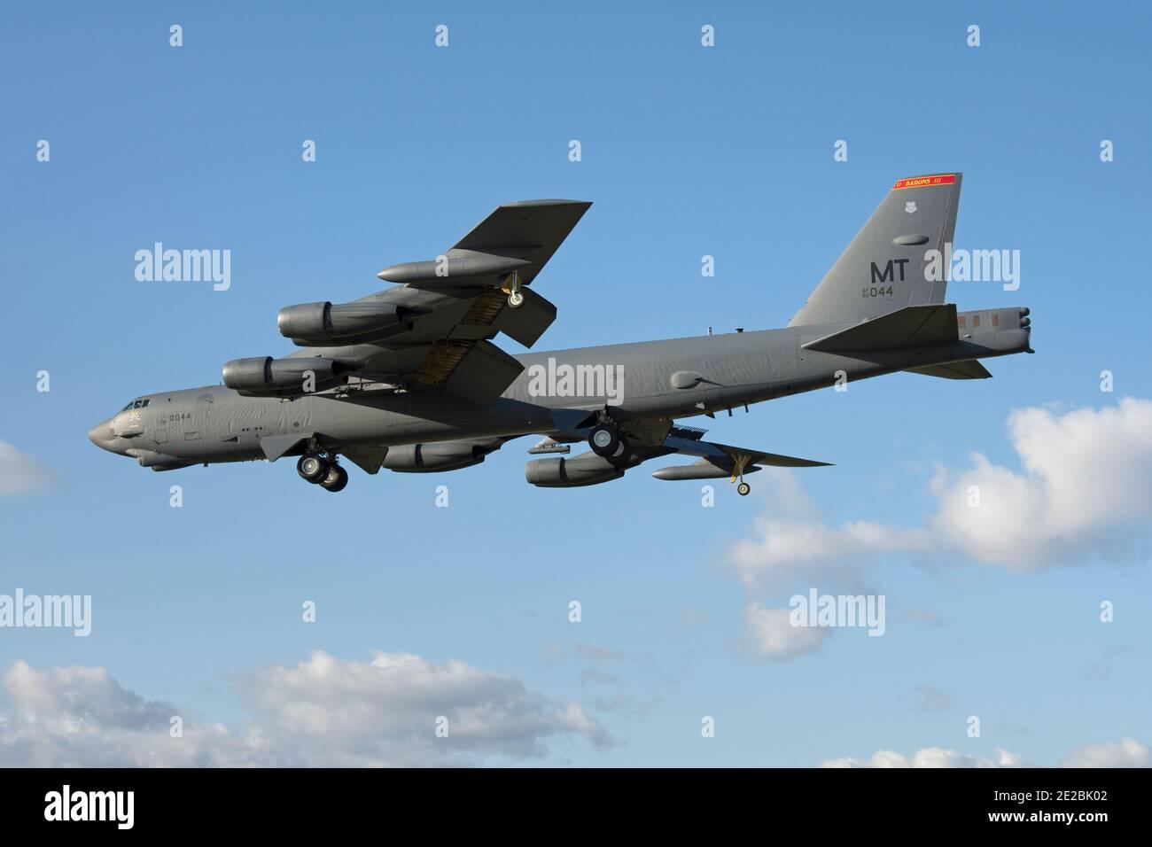 Boeing B-52H StratoFortress, 60-0044, codé « T » de la 5e Escadre de la bombe, l'Armée de l'air des États-Unis a vu atterrir à la RAF Fairford Banque D'Images