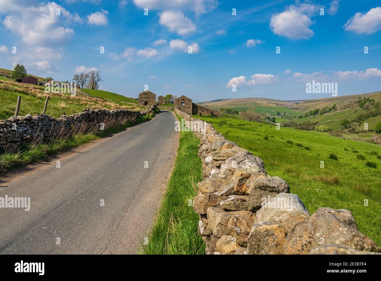 Sur la B6270 route entre Keld et Thwaite, North Yorkshire, England, UK Banque D'Images