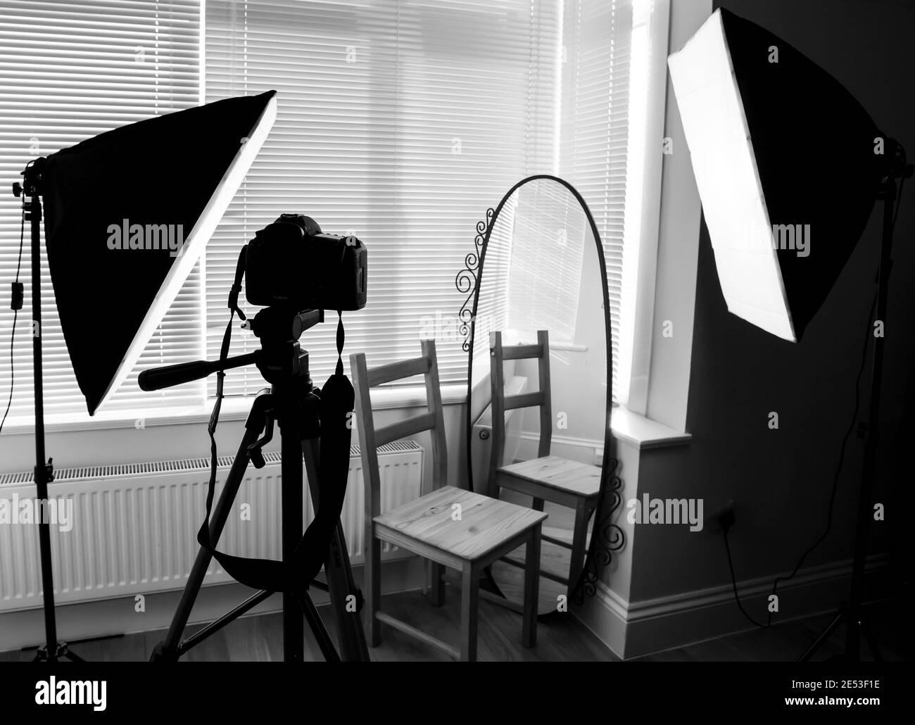 Studio du photographe en noir et blanc Banque D'Images