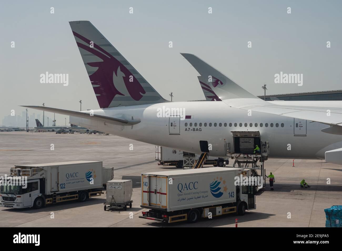 05.06.2019, Doha, Qatar, Asie - Qatar Airways avions passagers à l'aéroport international de Hamad. Qatar Airways est membre de l'alliance one World. Banque D'Images