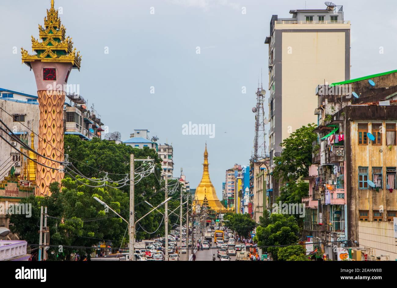 Les rues de Yangon Myanmar Birmanie Asie du Sud-est Banque D'Images