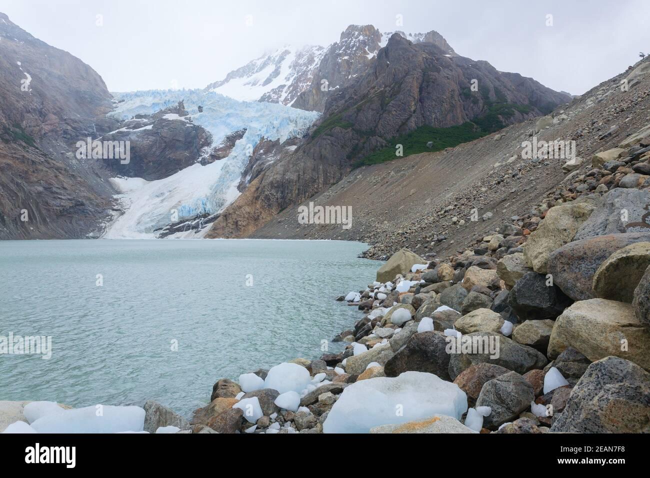 Vue sur le glacier Piedras Blancas, El Chalten, Patagonie Banque D'Images