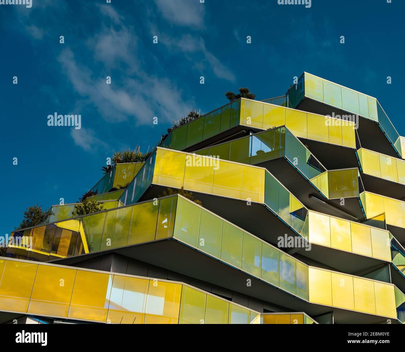 Résidence Koh-I-Noor, un immeuble moderne d'appartements à Aiguerelles, Montpellier, sud de la France - architecture moderne Banque D'Images