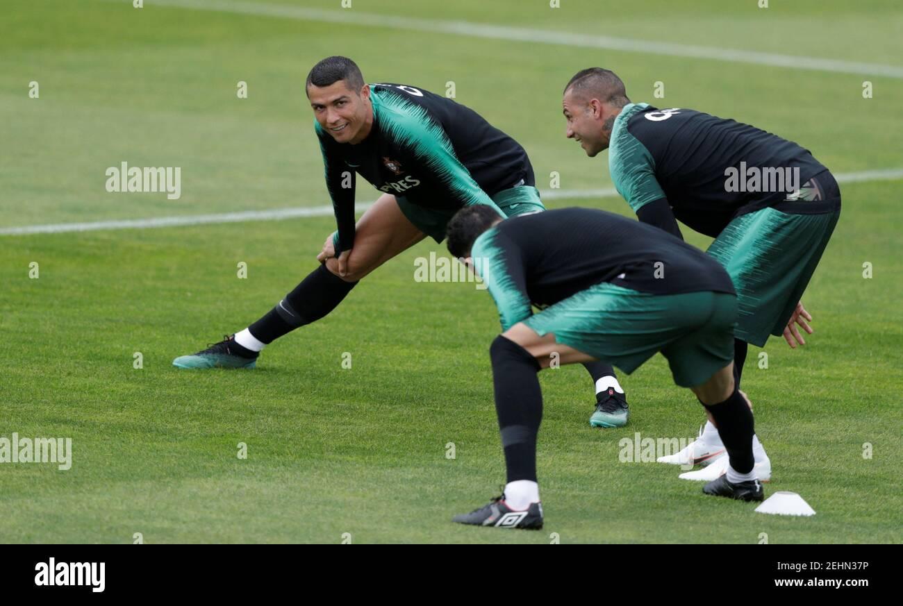 Football football - Portugal entraînement - Oeiras, Portugal - 4 juin 2018 Cristiano Ronaldo au Portugal pendant l'entraînement REUTERS/Rafael Marchante Banque D'Images