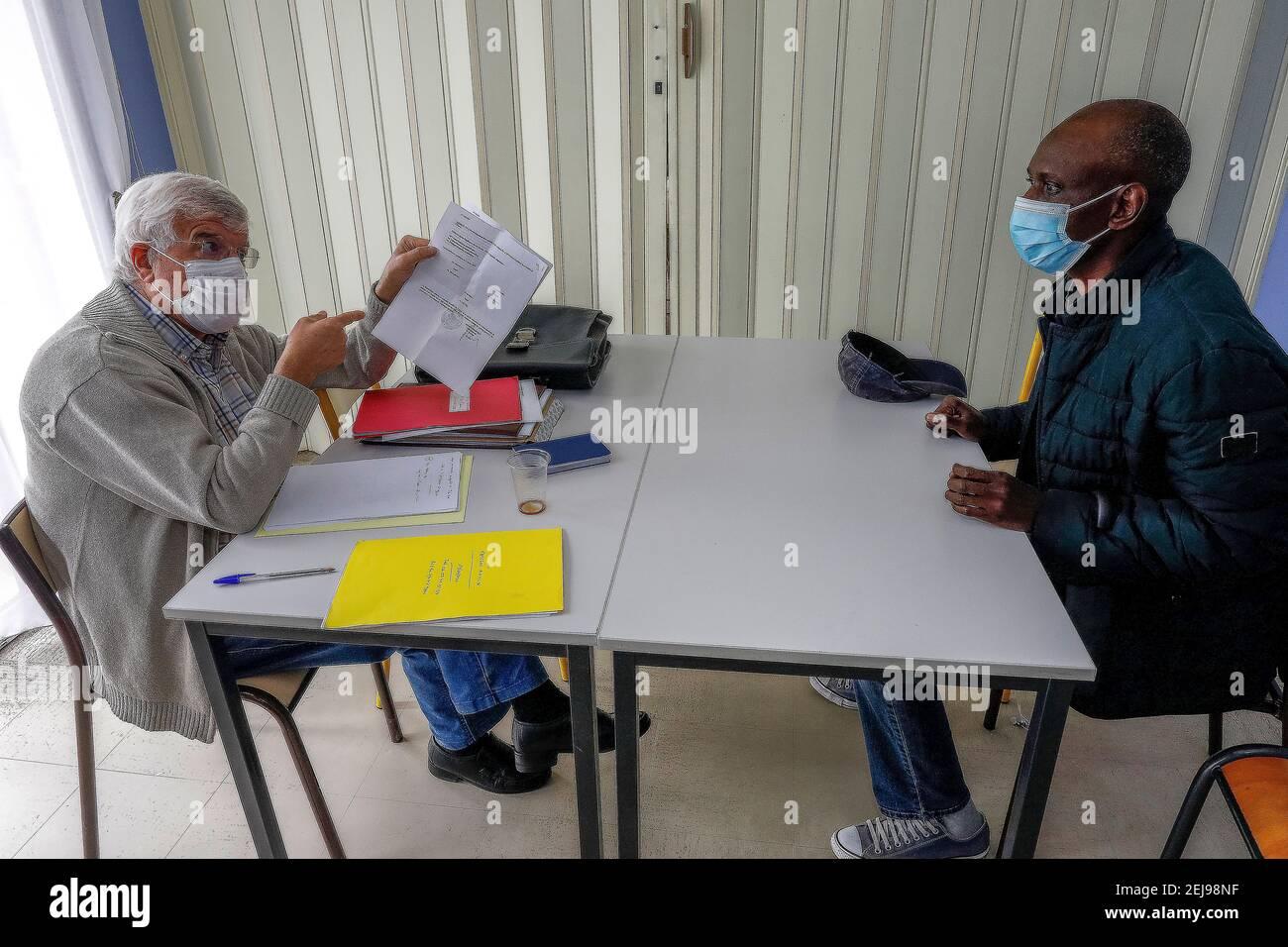 Association catholique d'aide aux migrants en matière administrative à vernon, france Banque D'Images