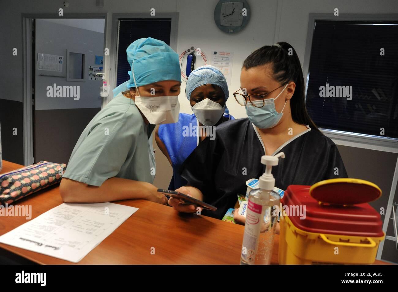 Réunion de transmission à l'hôpital Banque D'Images