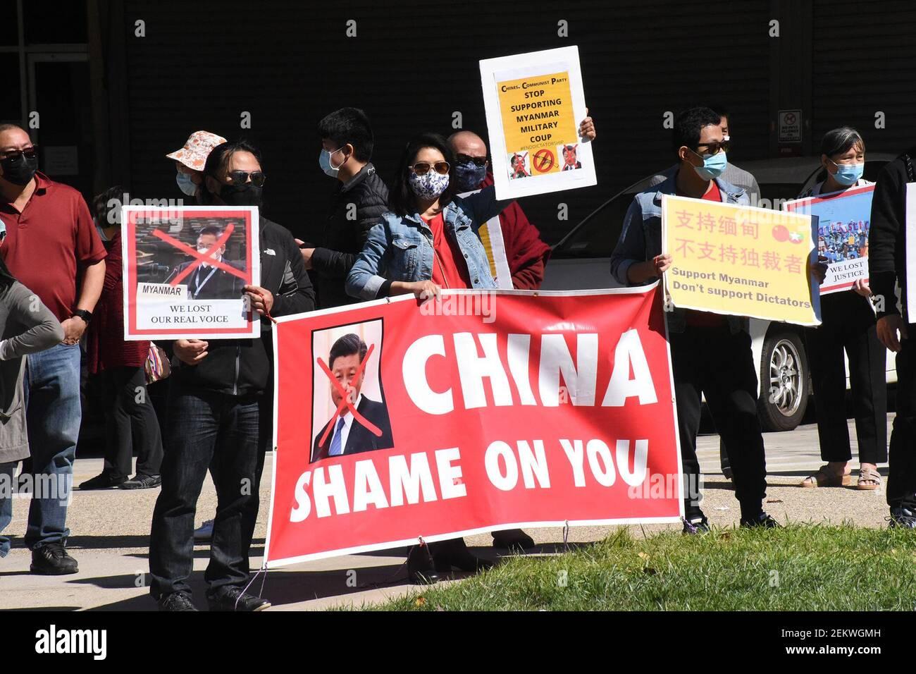 20 février 2021 : manifestation pour mettre fin à la tuerie en Birmanie et pour faire honte au gouvernement chinois et russe d'avoir soutenu le coup d'Etat du Myanmar. Emplacement à Los Angeles par l'ambassade chinoise. (Image crédit : © Catherine BauknightZUMA Wire) Banque D'Images