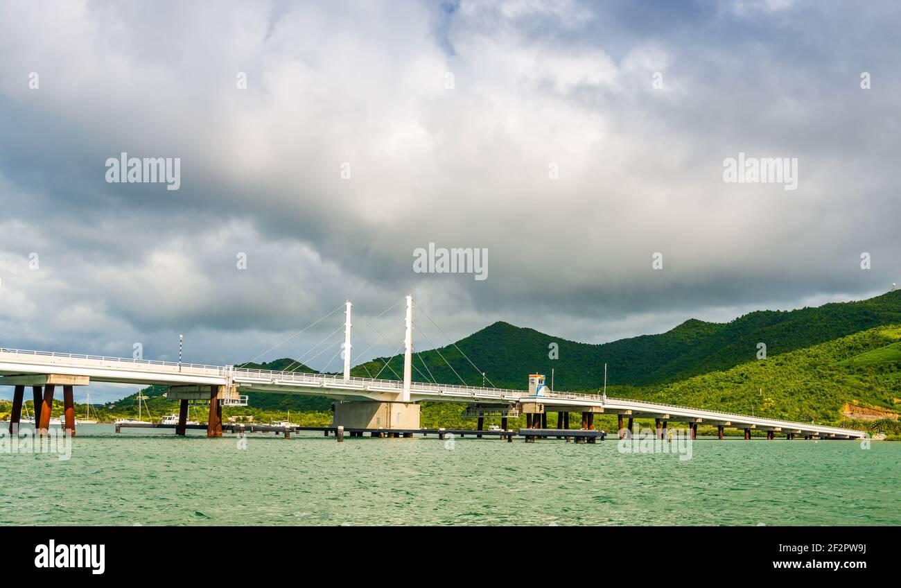 Pont de sable sur l'île de Saint Martin in Les Caraïbes Banque D'Images