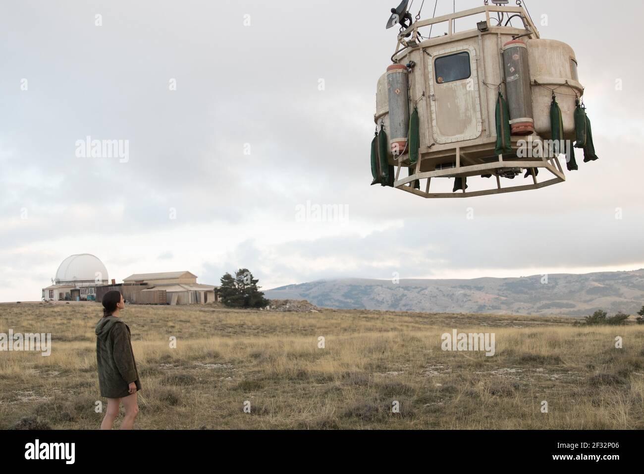 MARGARET QUALLEY, IO, 2019, ©WILLIAM GRAY/NETFLIX Banque D'Images