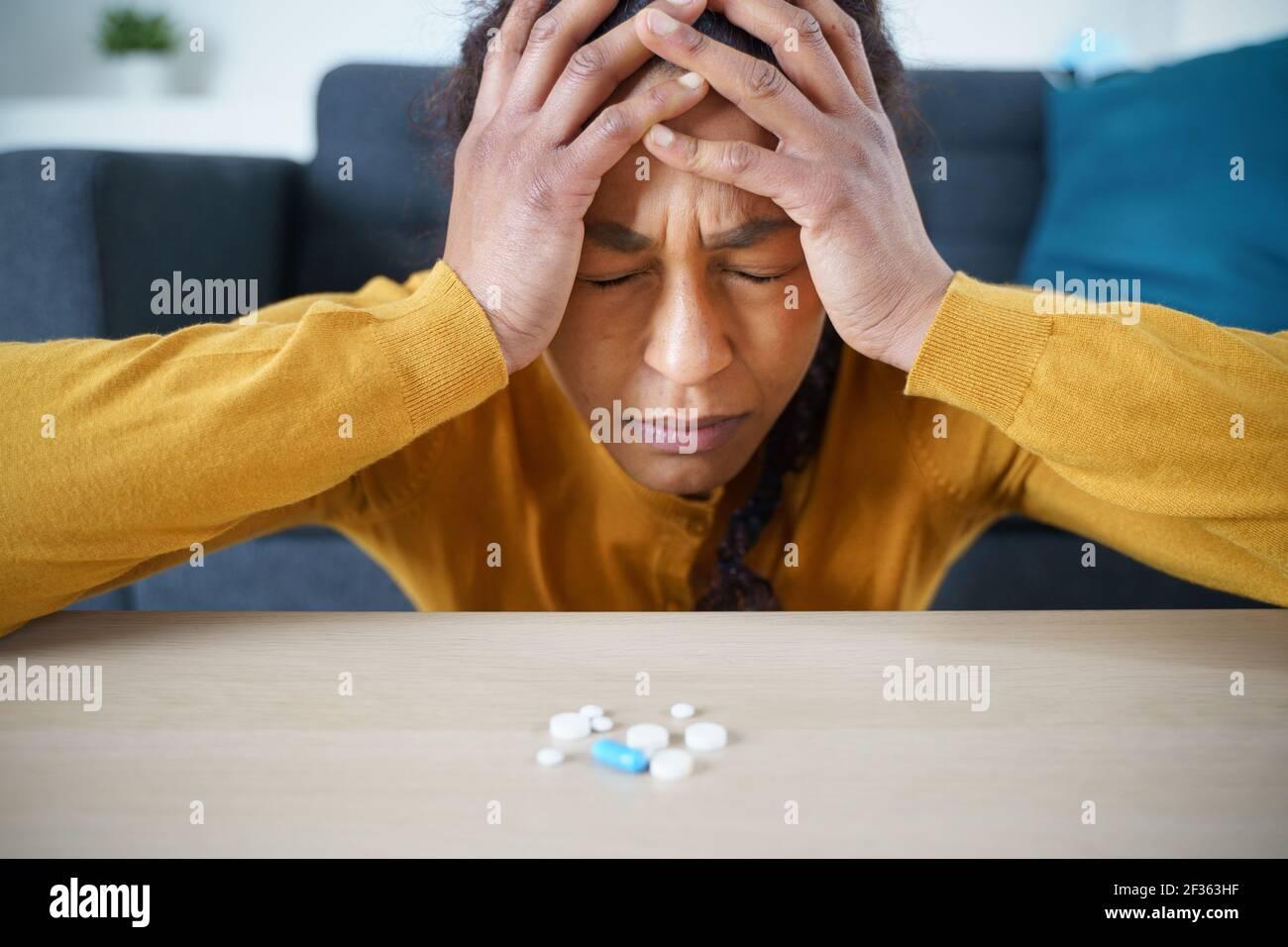 Un portrait afro-américain souffrant de dépression Banque D'Images