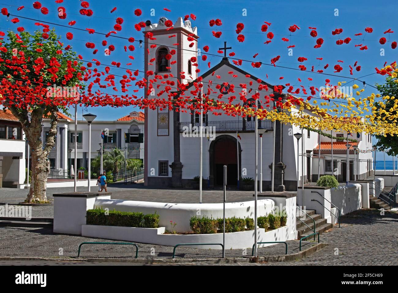 Géographie / voyage, Portugal, Ile de Madère, lieu de pèlerinage Ponta Delgada, église de pèlerinage, fête, droits-supplémentaires-déstockage-Info-non-disponible Banque D'Images