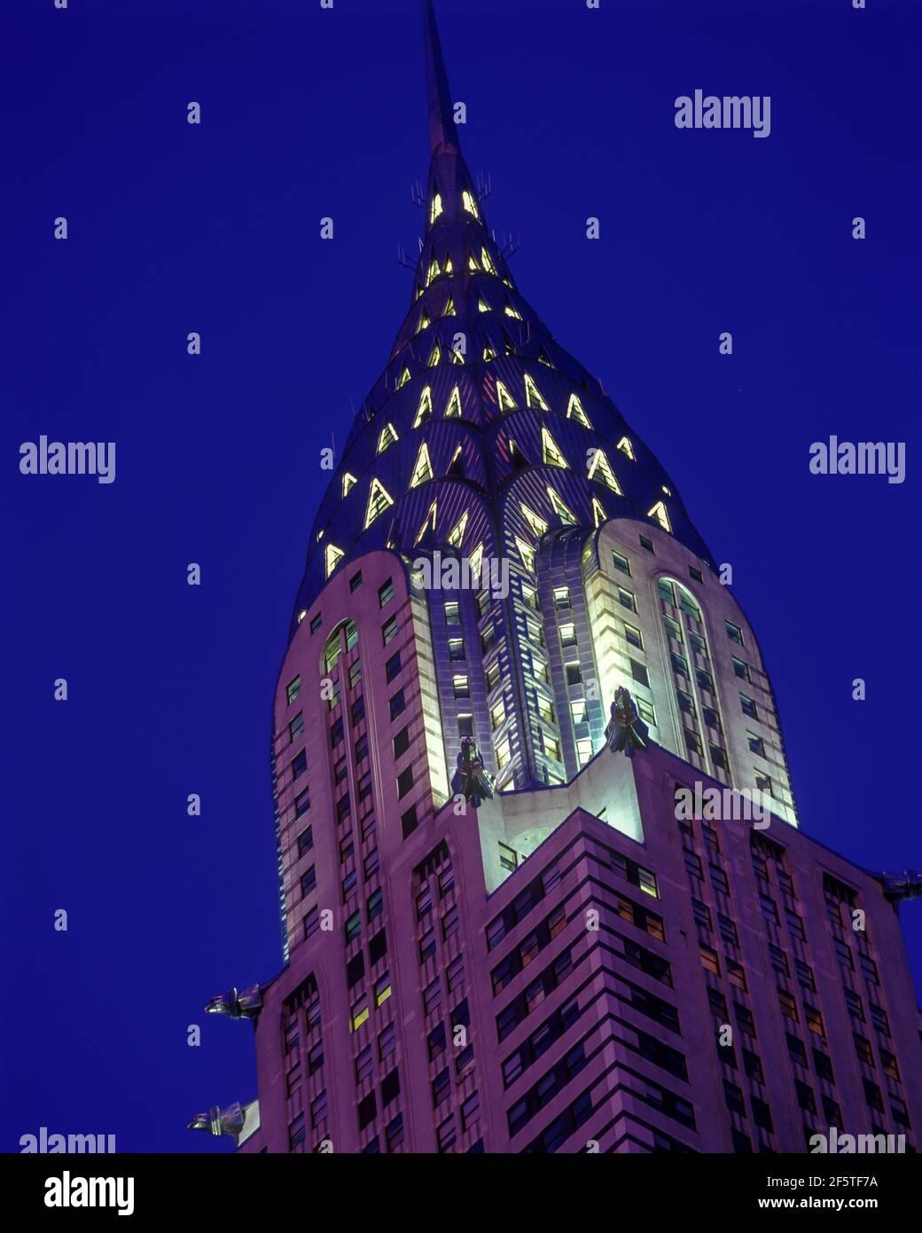 2004 BÂTIMENT HISTORIQUE CHRYSLER (©WLLIAM VAN ALEN 1930) MIDTOWN MANHATTAN NEW YORK CITY ÉTATS-UNIS Banque D'Images
