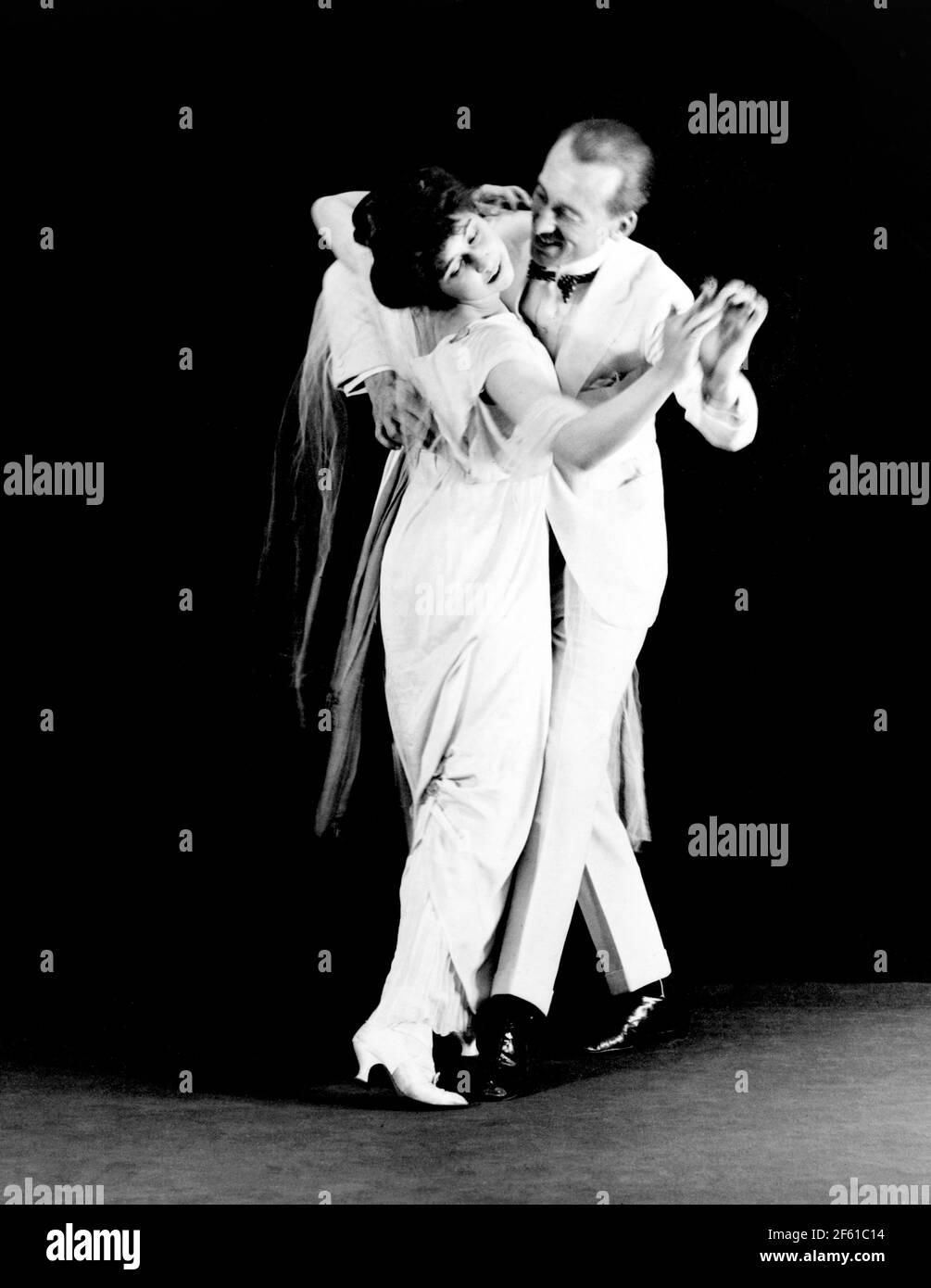 Vernon et Irene Castle, danseurs de la salle de bal Banque D'Images