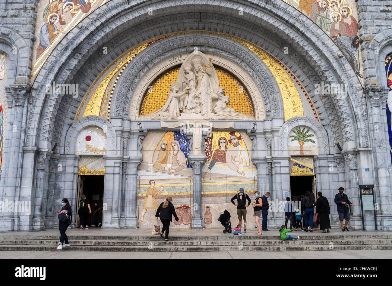 Basilique Rosaire, Sanctuaire de Lourdes, Lourdes, département des Hautes-Pyrénées, Occitanie, France. Banque D'Images
